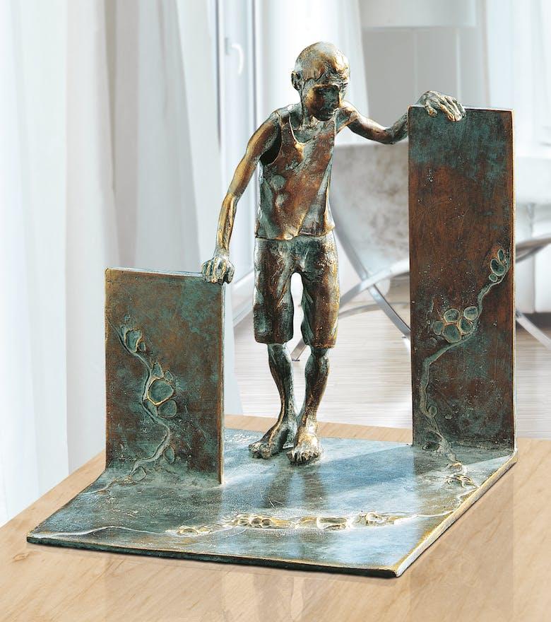 Bronzefigur Der gewagte Schritt von Woytek