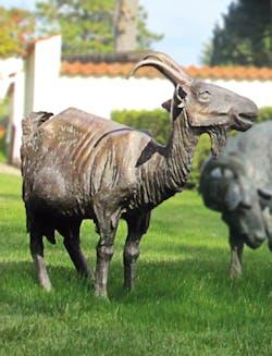 Bronzefigur Ziege von Kurt Grabert