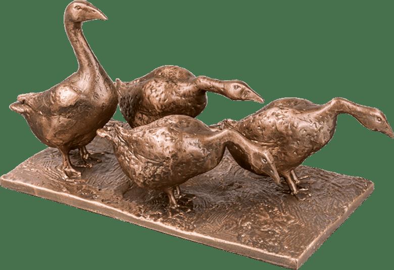 Bronzefigur Gänsegruppe von Hans Nübold