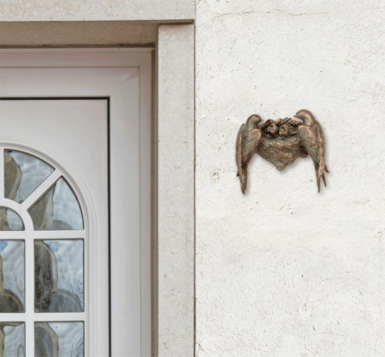 Bronzefigur Schwalbennest von Atelier Strassacker