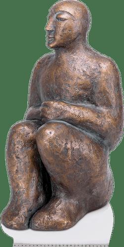 Bronzefigur Sitzende II von Christine Raschke