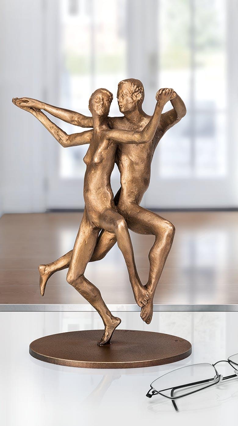 Bronzefigur »Kadentes Paar« von Adelbert Heil