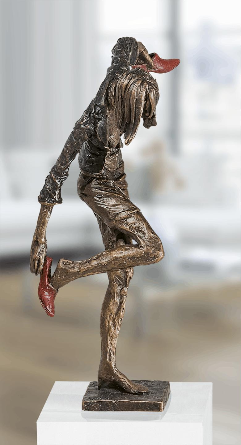 Bronzefigur Bürofrau-Balance von Vitali Safronov