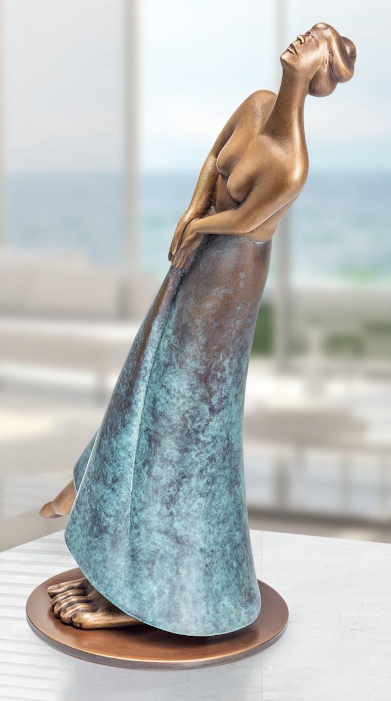Bronzefigur Time von Andrea Bucci