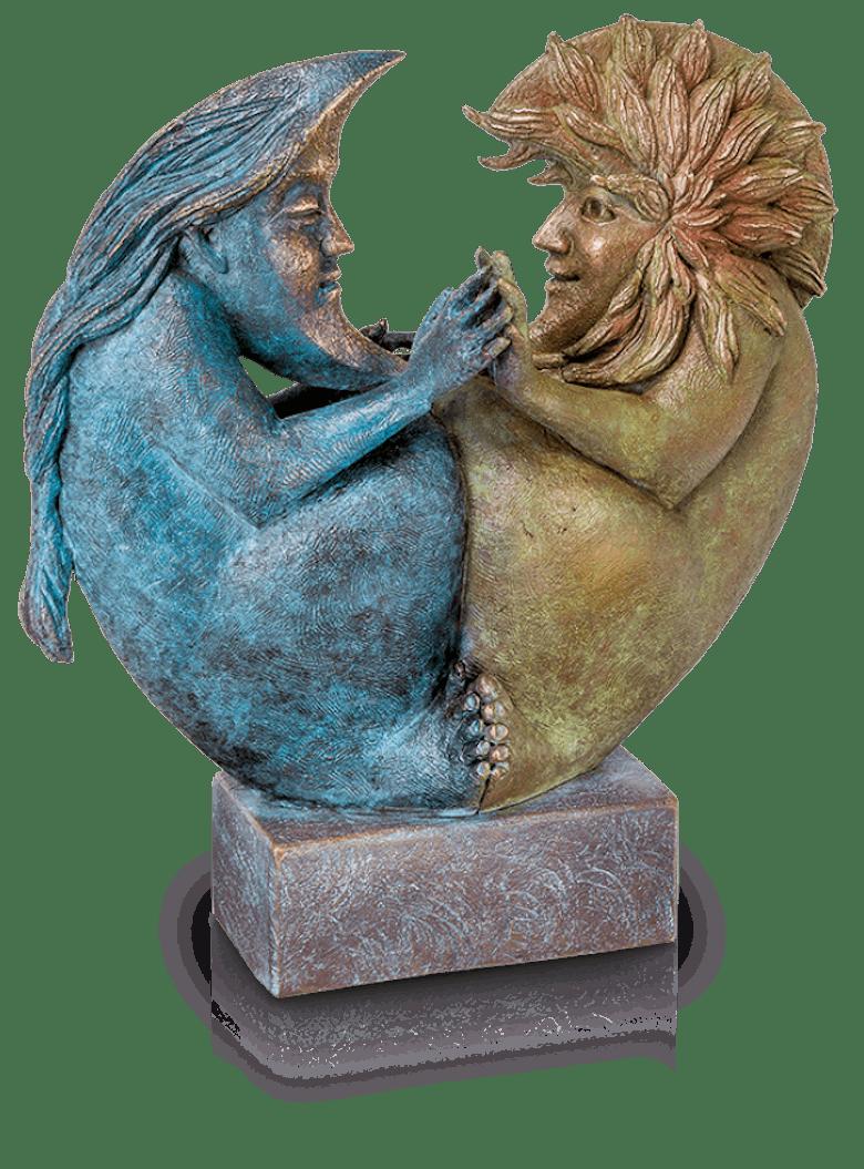 Bronzefigur Sun & Moon II von Fidelma Massey