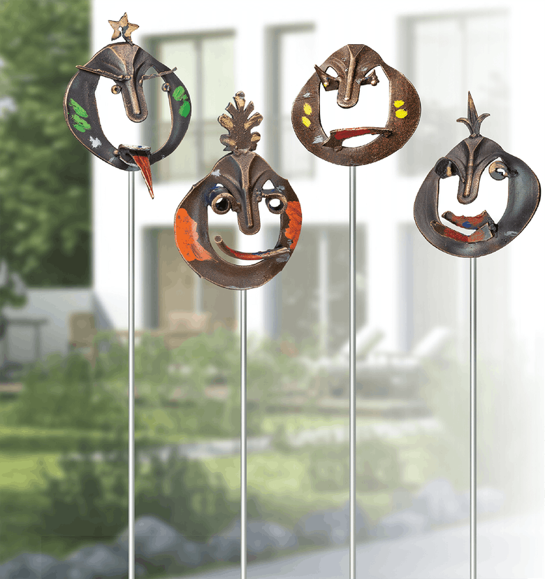 Bronzemasken