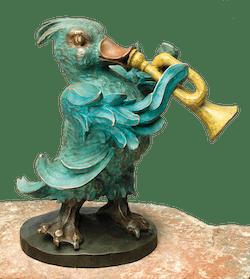 Bronzefigur Ente mit Trompete von Atelier Strassacker