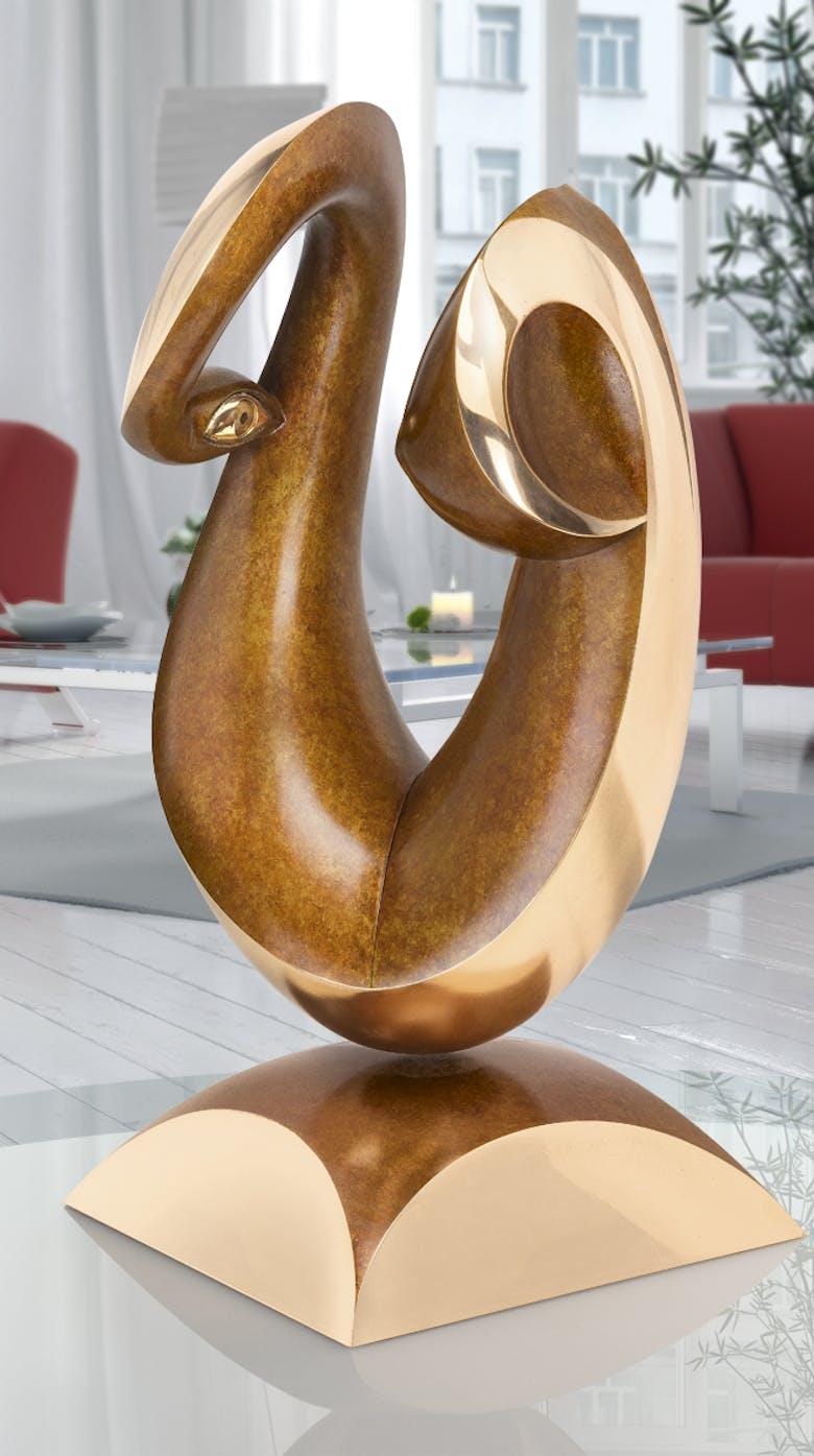 Bronzefigur Unweigerlicher Blickfang von Klaus von Kreutziger