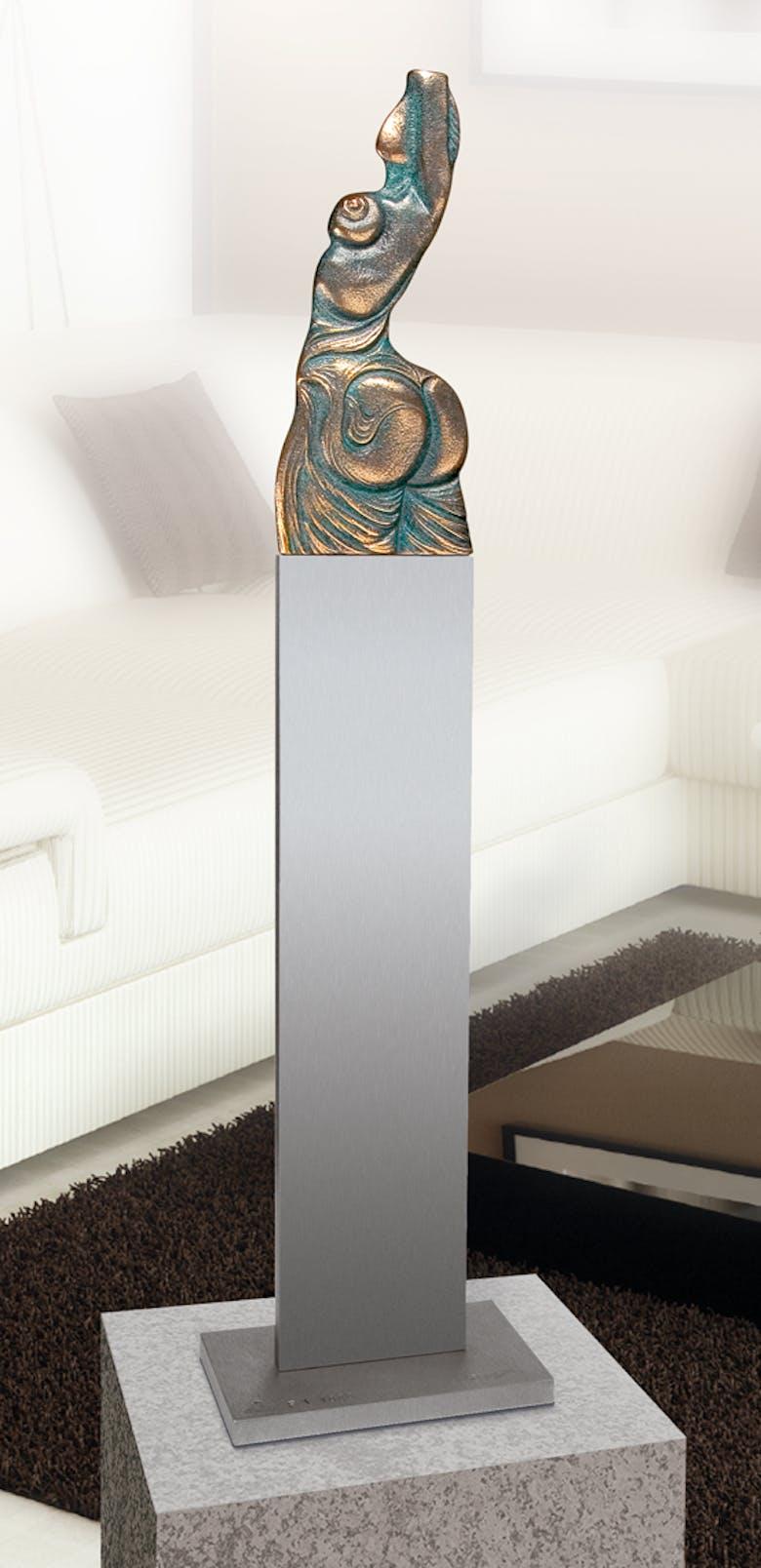 Bronzefigur Venusische Zeichen unter der Haut, Tischvariante von Ernst Fuchs