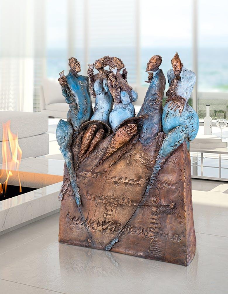 Bronzefigur Happy Hour von Eva Roucka