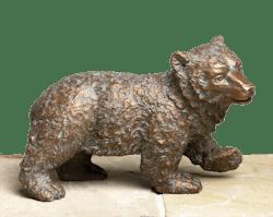 Bronzefigur Eisbär, laufend von Atelier Strassacker