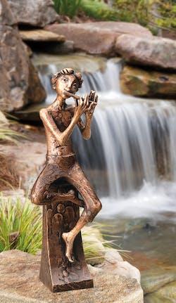 Bronzefigur Flötenspieler von Atelier Strassacker