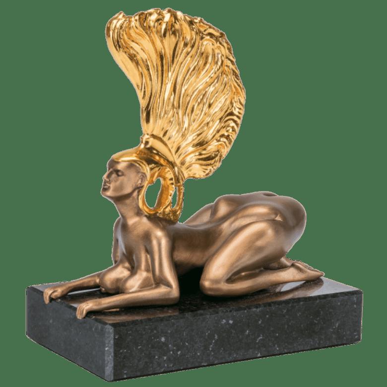 Bronzefigur »Die Sphinx mit dem Goldhelm – Miniatur« von Prof. Ernst Fuchs