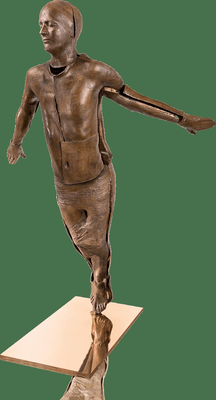 Bronzefigur RISING von Kleeberg