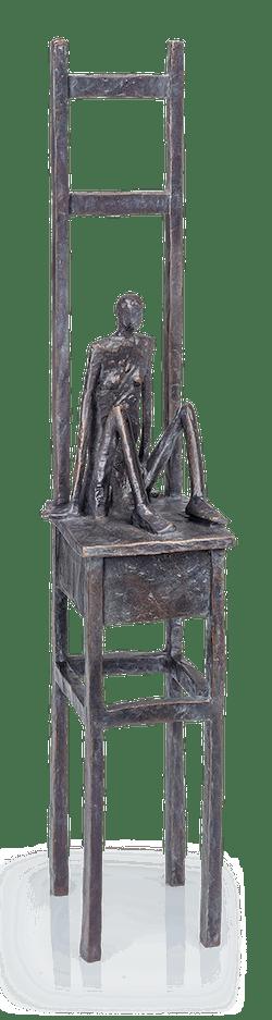 Bronzefigur Großer Stuhl von Marianne Mostert