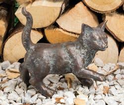 Bronzefigur Kätzchen stehend von Atelier Strassacker